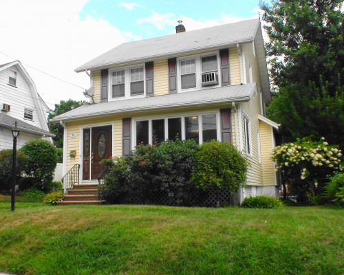 31 Hillside Avenue, Teaneck, NJ 07666